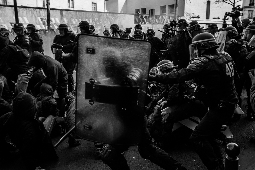 Clashes between protestors and the riot police, 5th April 2016.