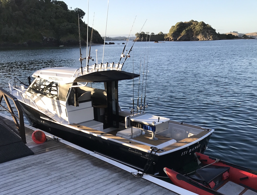A Boat Trip on Iti Rangi - Take a leisurely tour of the islands in the property's private launch. Visit local attractions, such as the heritage town of Russell or the Waitangi Treaty Grounds and Museum. Or simply have a fish.