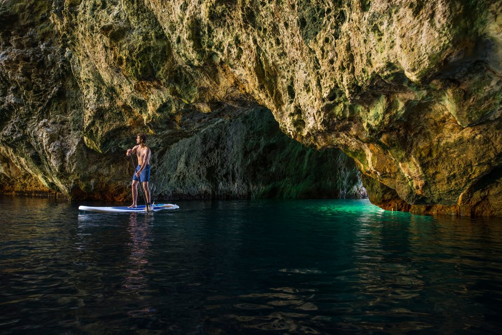 PADDLE BOARDING AT THE POOR KNIGHTS - poor knights islands