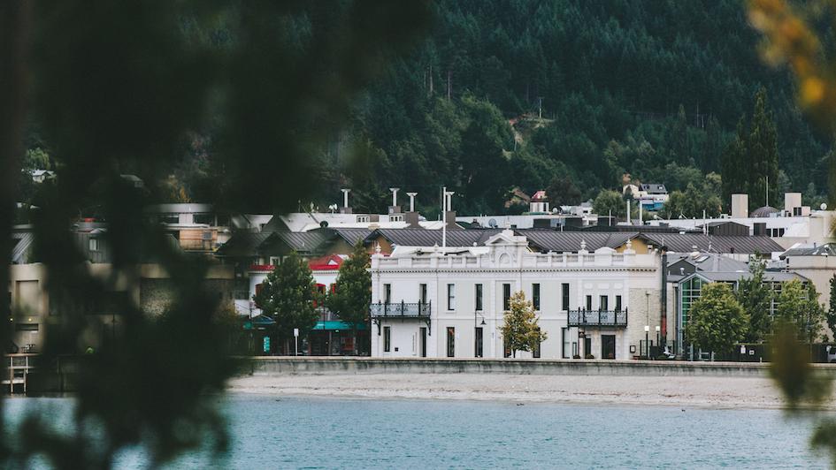 Hotel Lakefront copy.jpg