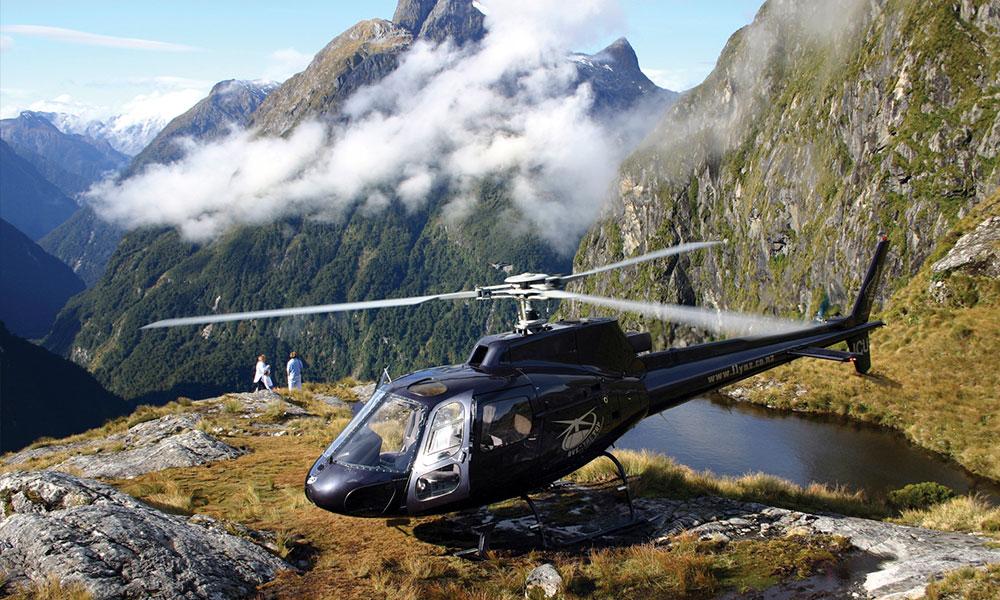 gallery-Over-The-Top-Alpine-Lake-Fiordland (1).jpg