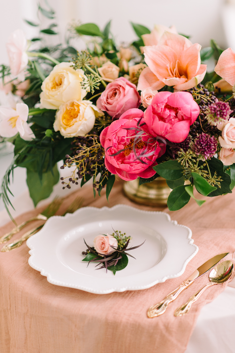 garden-style bright floral centrepiece | Quill+Oak Floral Design Toronto, Hamilton, Niagara