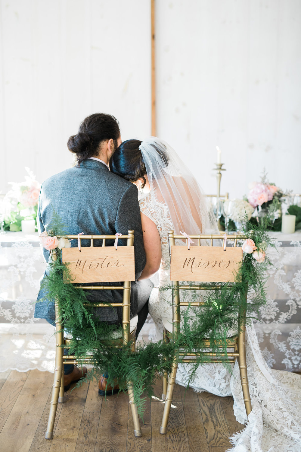 rustic but elegant barn wedding | Quill+Oak Calligraphy and Lettering Toronto