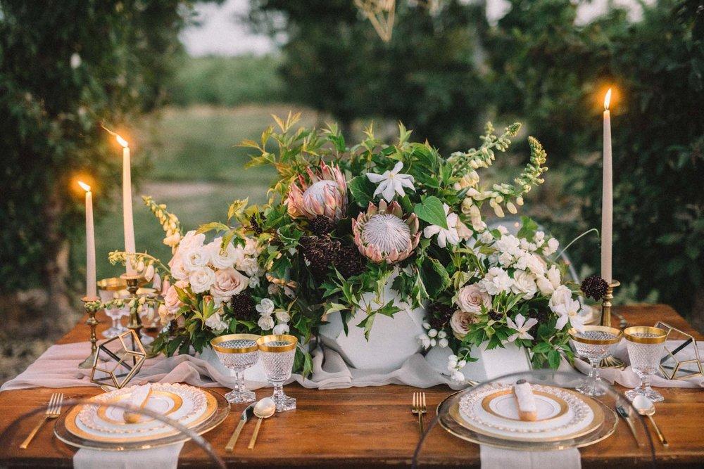 Modern garden-style orchard wedding | Quill+Oak Floral Design Toronto, Hamilton, Niagara