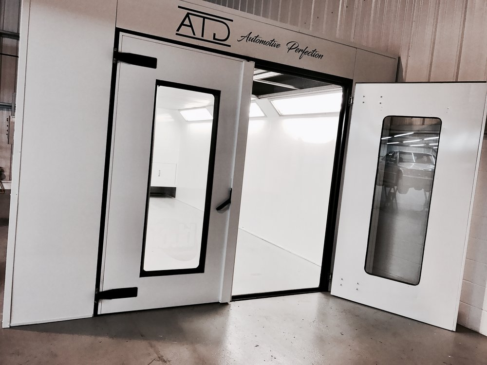 SPRAY BOOTH OVEN WITH LOW AND HIGH BAKE CAPABILITY