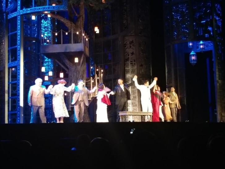 (Metropolitan Opera Bow After Le nozze di Figaro)