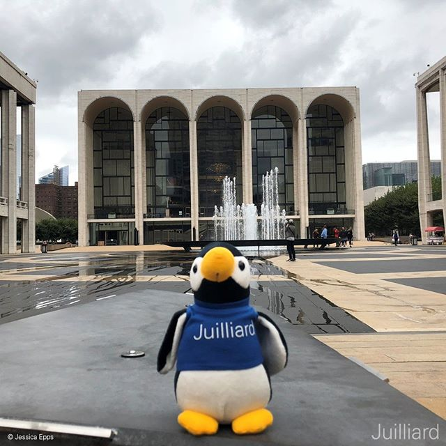 Happy First Day of Autumn! What performances are you looking forward to this Fall? 🐧🍂🍁#firstdayoffall #firstdayofautumn #autumnalequinox #juilliard #juilliardpenguin #lincolncenter #performingarts #fall #autumn #penguin #autumninnewyork