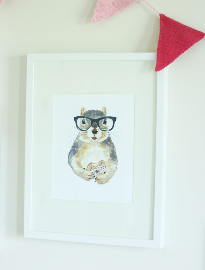 A hipster squirrel belongs on every wall.