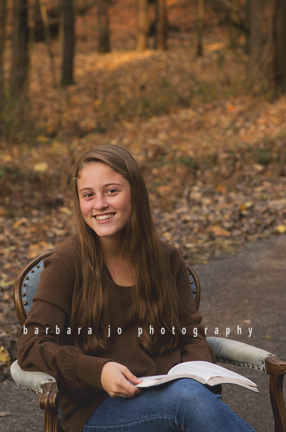 bjp-senior-pictures-portraits-class-of-2018-dover-oh-fall-autumn-woods-graduate-abby2.png