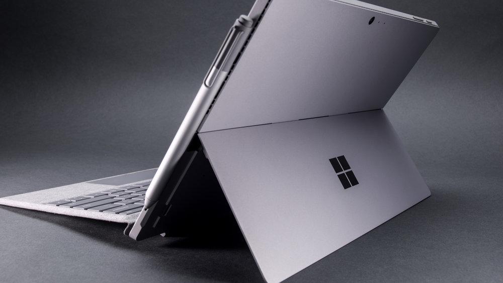 Microsoft_UnboxingSeries_SurfacePro416579-crop.jpg