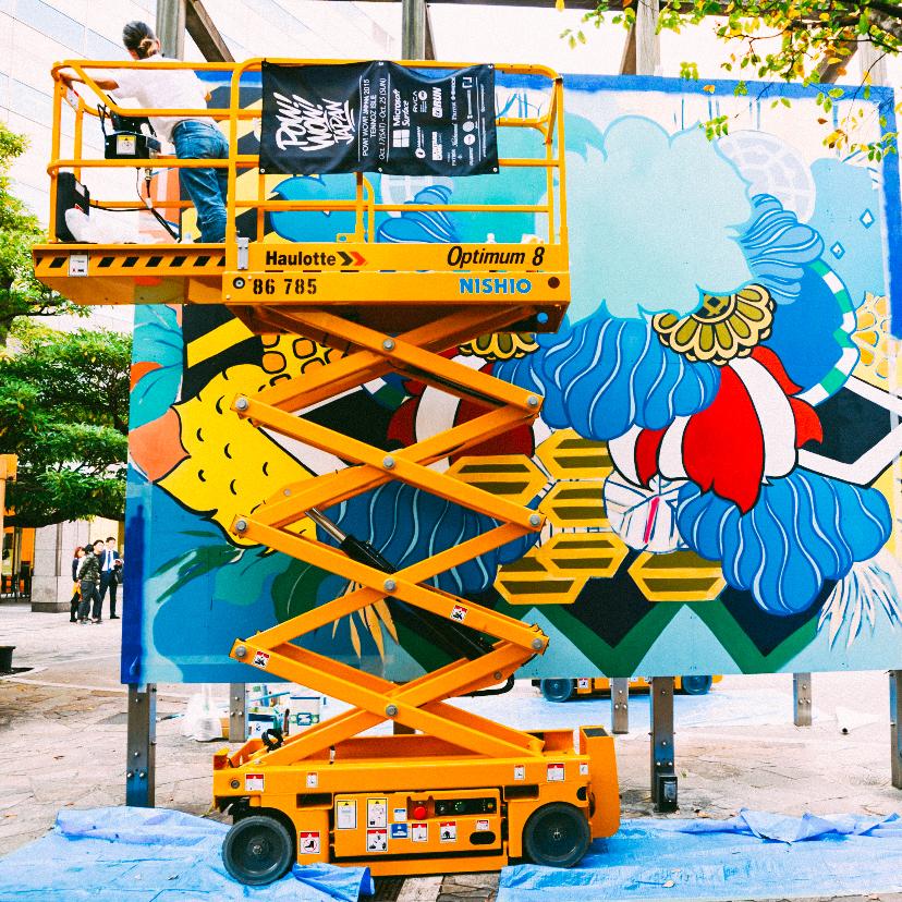 MSFT_SURFACE_FrankieCihi-Painting-IG.jpg