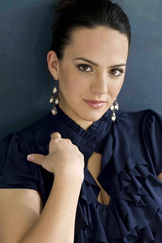 Daniella Mack, Mezzo-Soprano
