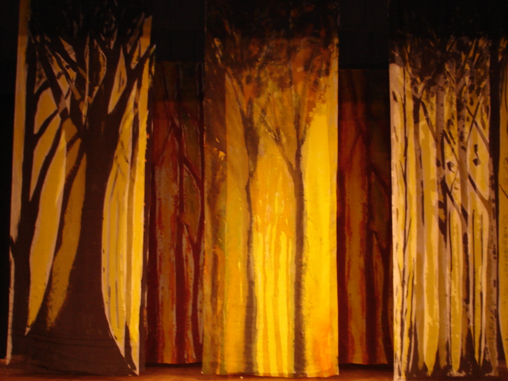 7)MidSummerTrees:silk theater set.JPG
