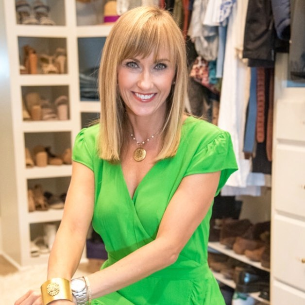 I'm excited to announce a new service that I'm offering under the Wardrobe Made Simple umbrella... VIRTUAL STYLING!  This service is for everyone who's ever had a styling dilemma... and it's so easy to use! 👠👗👔👚👖 Have you ever stood in your closet needing a little bit of guidance on what to wear with what?? Virtual Styling is for the client that doesn't have time to schedule a few hours with me, or maybe is even a little intimated to have me visit his/her closet!  Sound familiar?  Please read my latest blog post to learn how this fun new service works! ✨Link into my bio for details!✨ #wardrobemadesimple #virtualstyling #personalstylist #personalshopper #fashionconfidencebuilder #findyourownchic #30astyle #fashionstylist #knowwhatyouhave