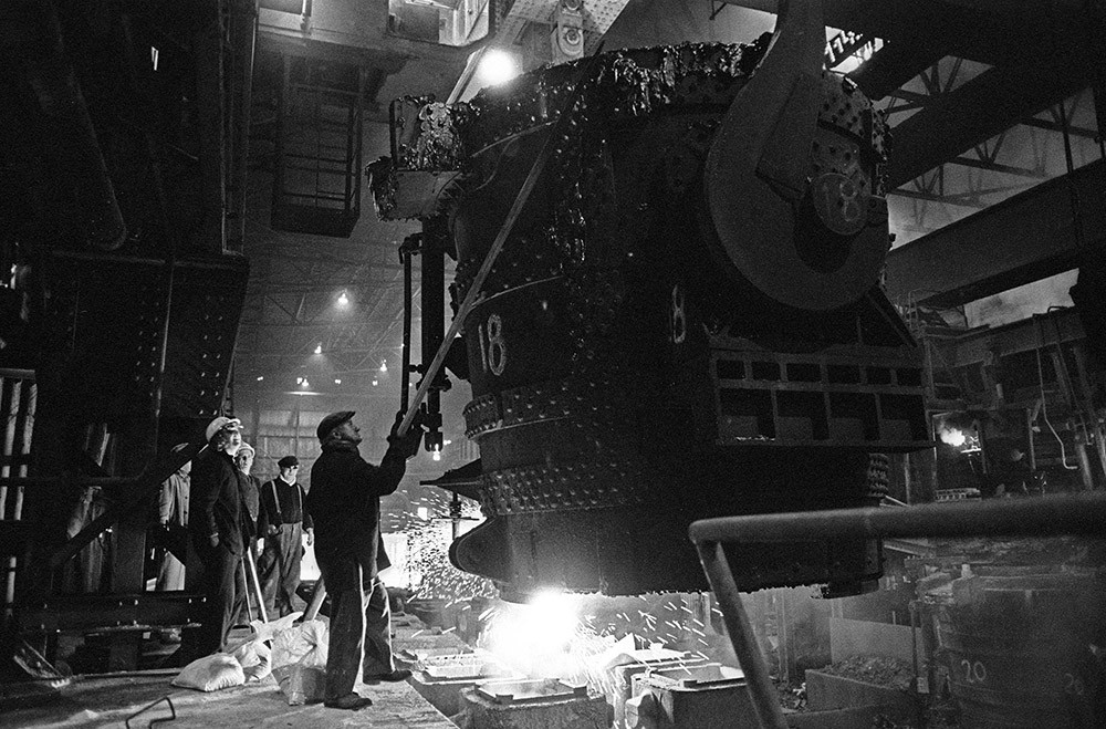 Nick Hedges,Molten steel is poured by workers at Bilston Steelworks