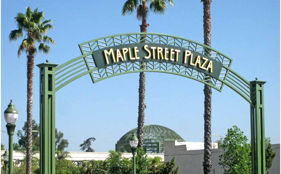 gateway_maple_street_plaza_escondido.jpg