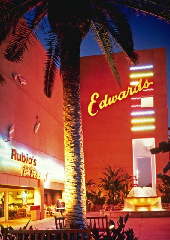 tenant_tustin_market_place_cinema_restaurant.jpg