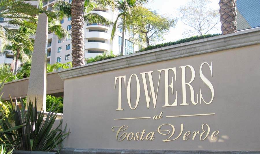 residential-towers-costa-verde-monument.jpg