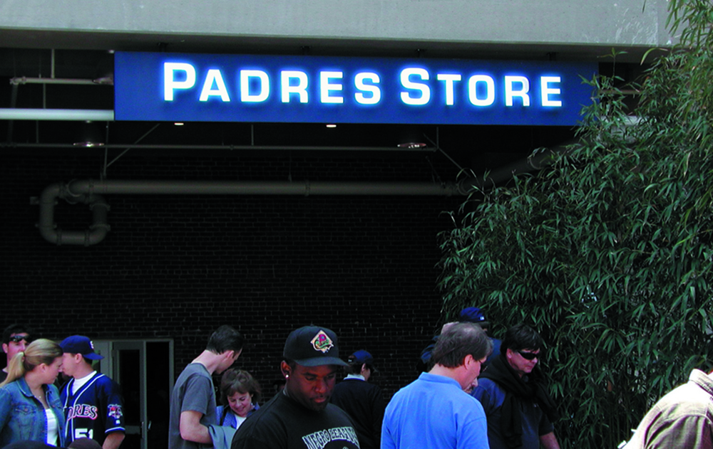 Petco PadresStore.jpg
