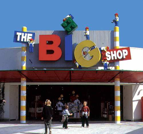 tenant_legoland_big_shop.jpg