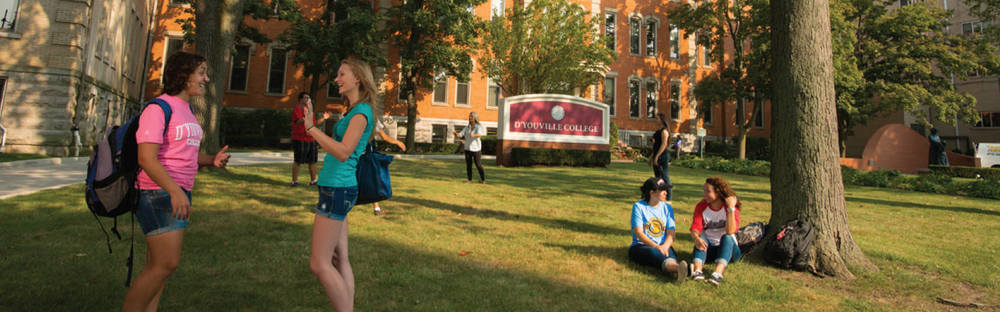 dyouville-college-student-on-campus-photo-1.jpg