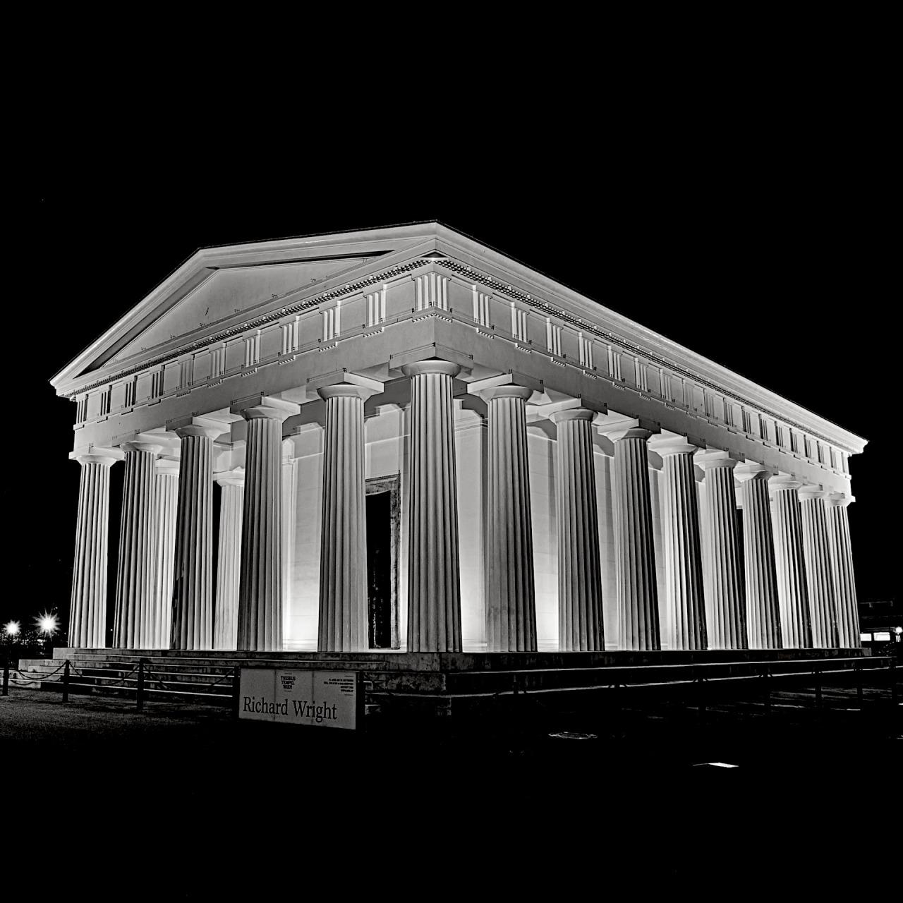 Theseus Temple; (cc) by-nc squics.com