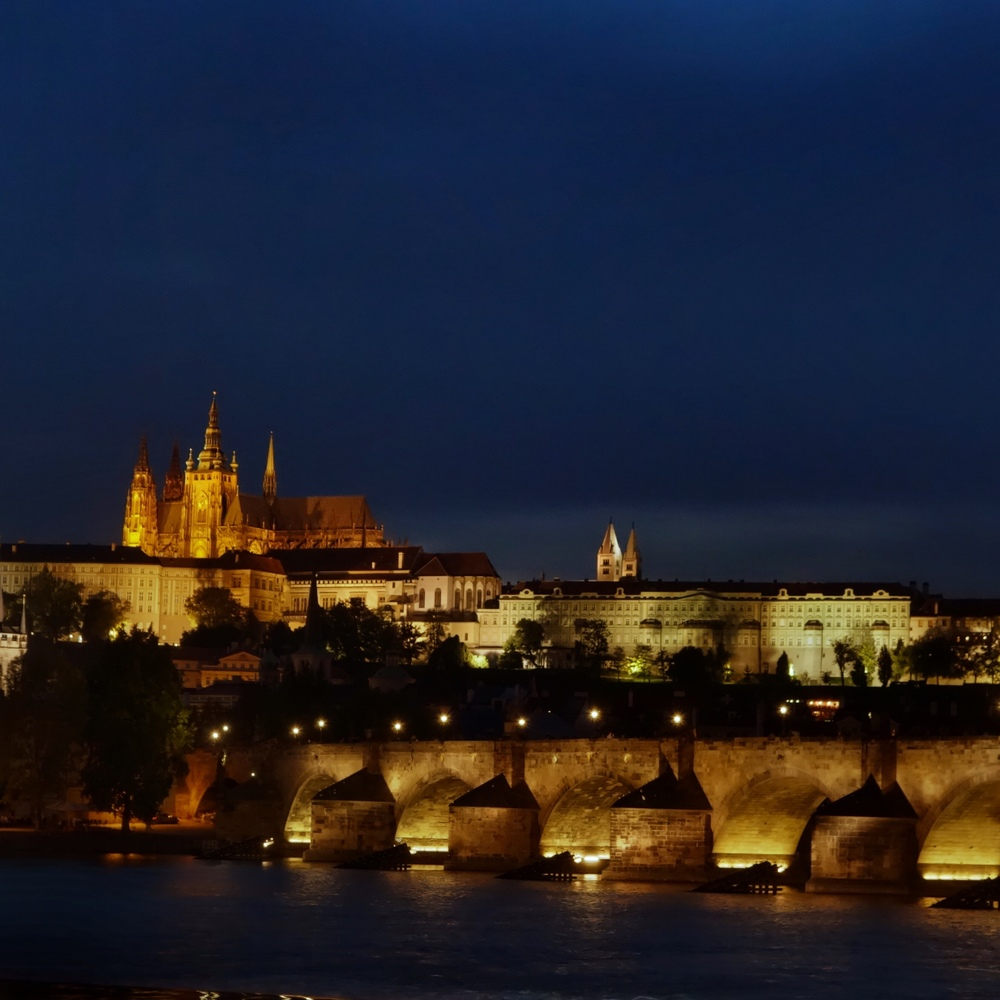 The Charles Bridge; (cc) by-nc squics.com