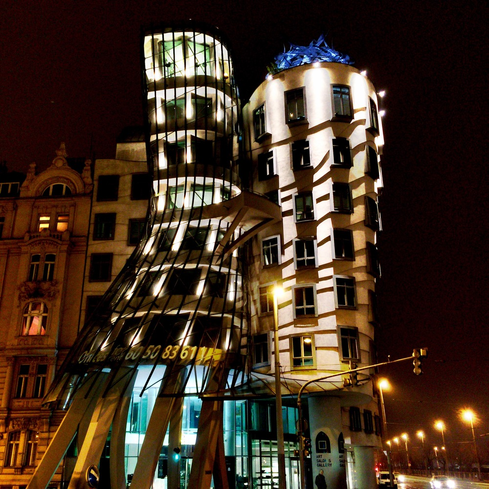 Dancing House | Prague; (cc) by-nc squics.com