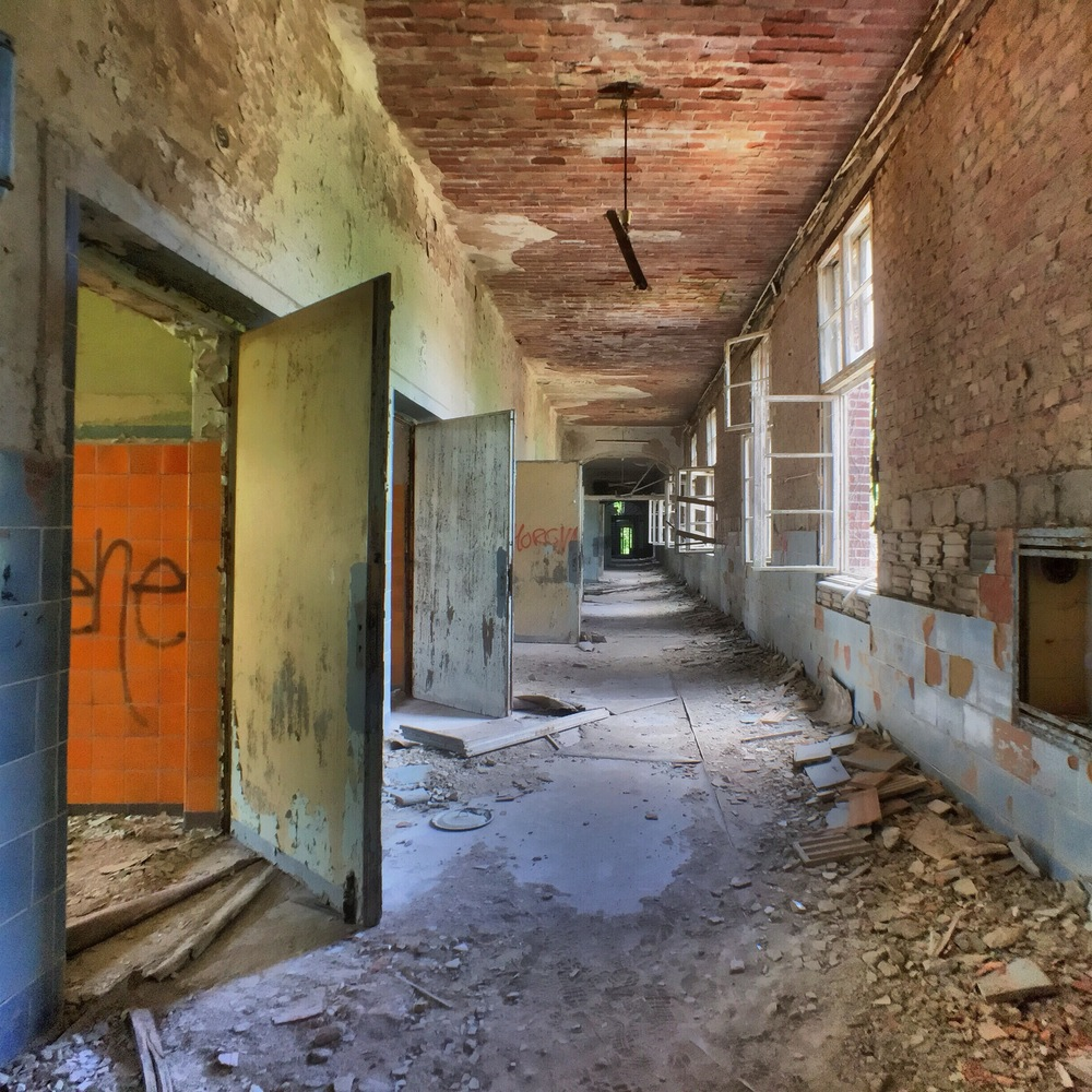 The abandoned Hospital | Beelitz; (cc) attribution required, non commercial usage only