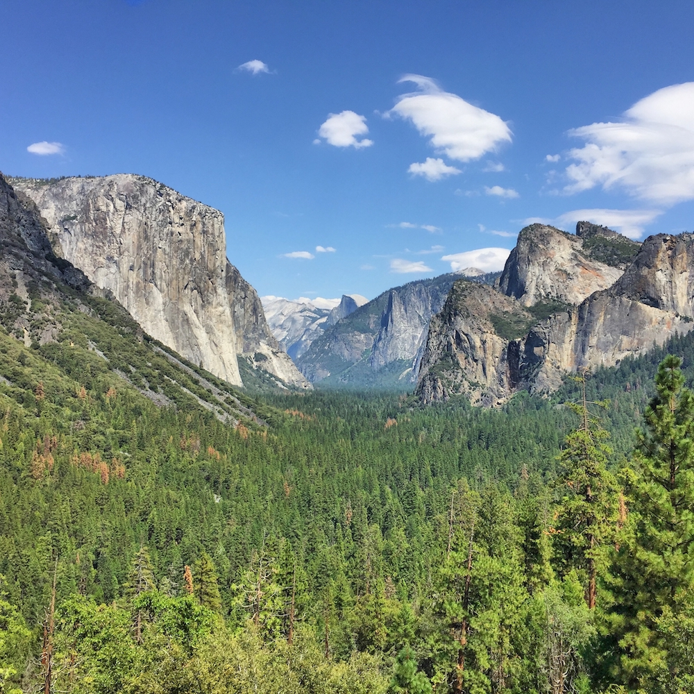 Tunnel View in Yosemite without Moment Lens
