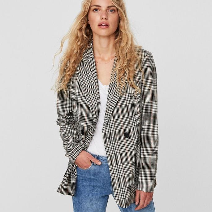 Vero Moda @ Asos Vero Moda Check Tailored Blazer $89