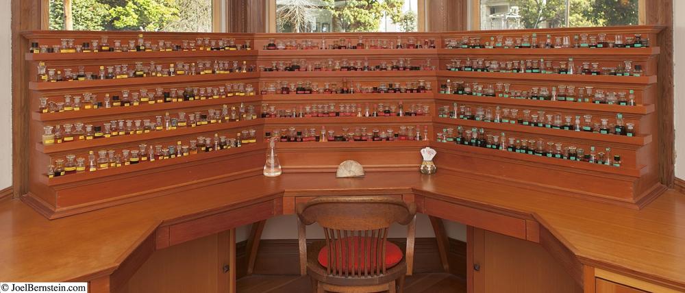 Mandy's Perfume Organ