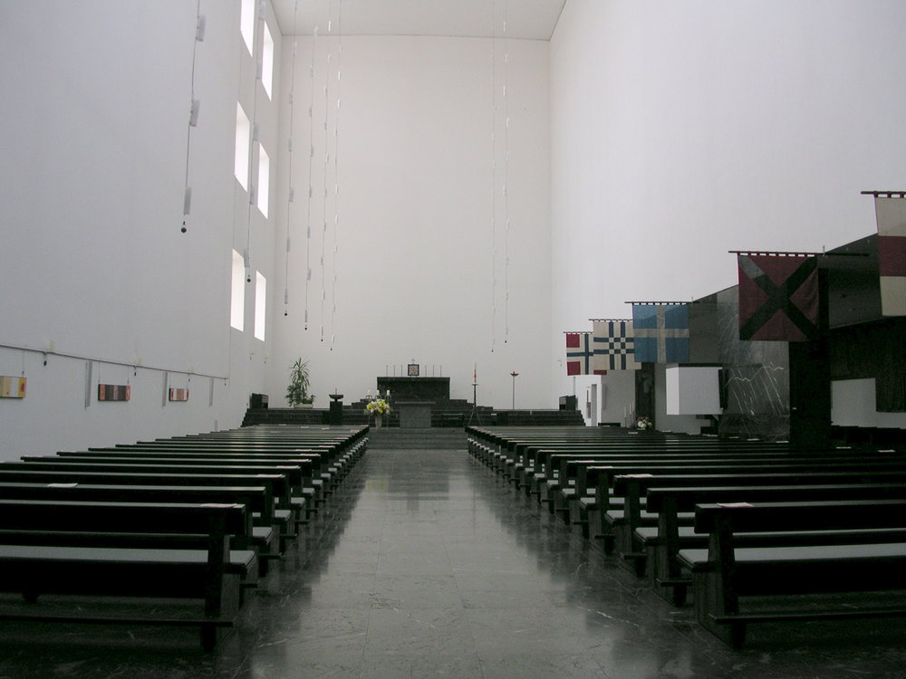 Aachen_Fronleichnamskirche_Innenraum.jpg