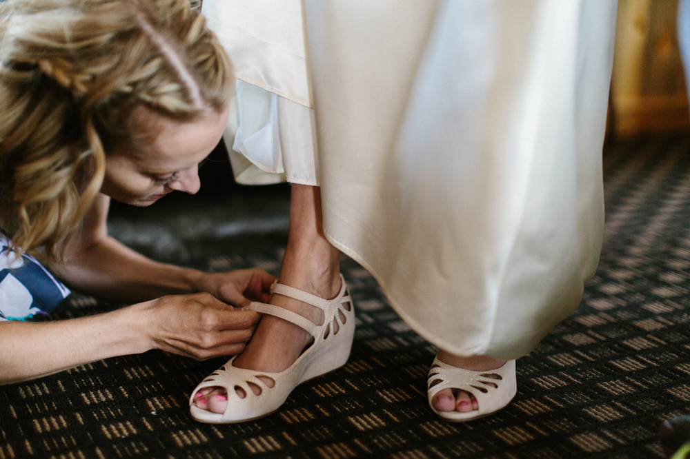 SouthDakota-Iowa-Destination-Wedding-Photographer_018.jpg