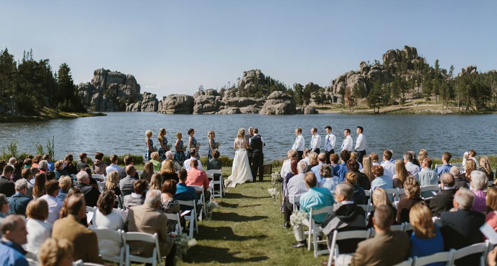 SouthDakota-Iowa-Destination-Wedding-Photographer_076.jpg