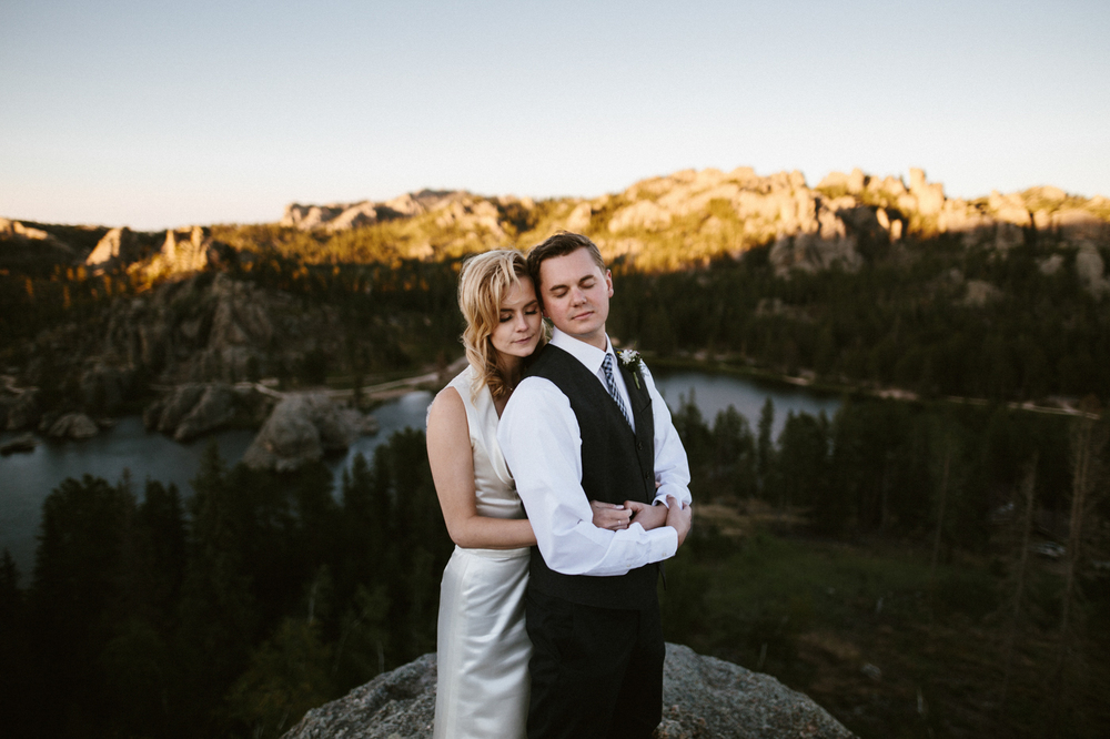 SouthDakota-Iowa-Destination-Wedding-Photographer_114.jpg