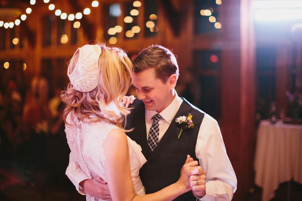 SouthDakota-Iowa-Destination-Wedding-Photographer_119.jpg