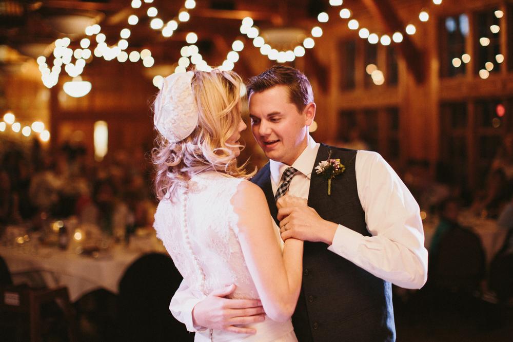 SouthDakota-Iowa-Destination-Wedding-Photographer_122.jpg