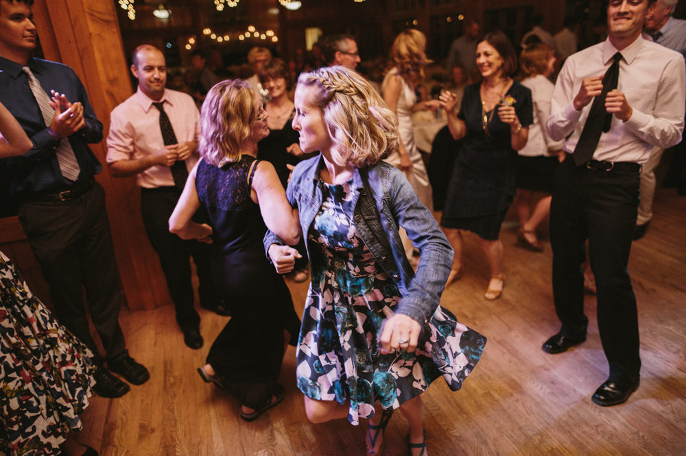 SouthDakota-Iowa-Destination-Wedding-Photographer_127.jpg