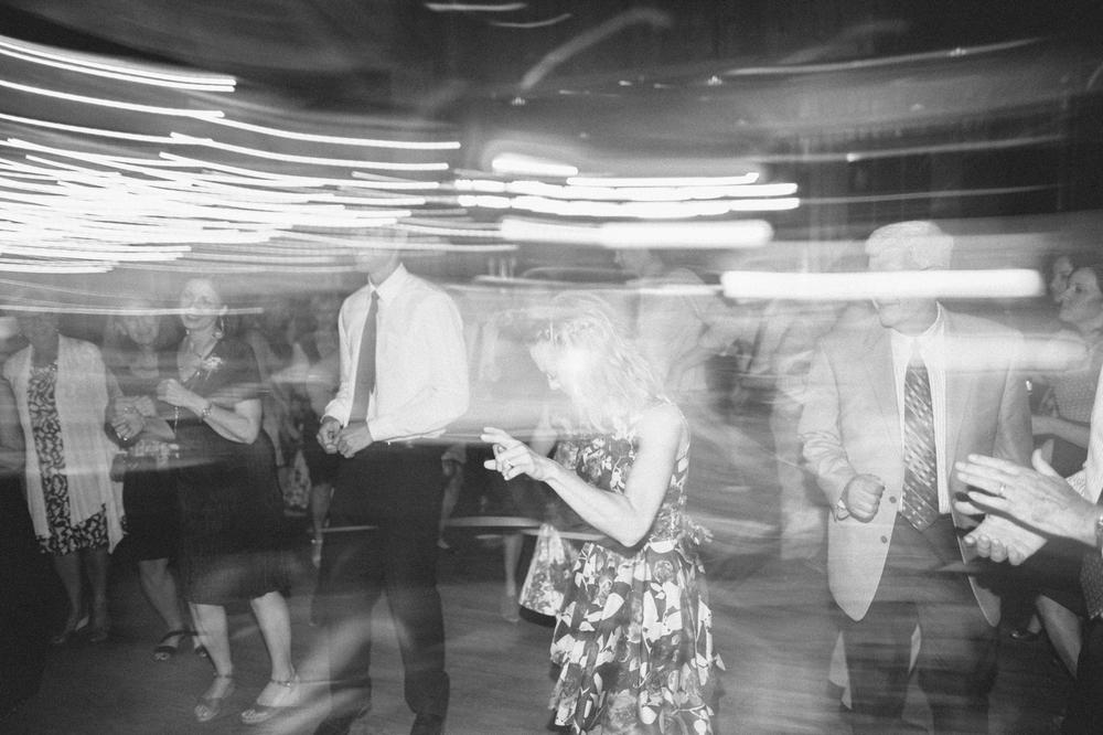 SouthDakota-Iowa-Destination-Wedding-Photographer_133.jpg