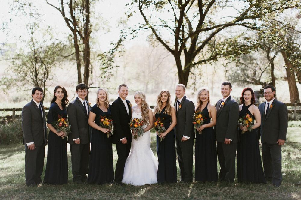 SiouxFalls_DesMoines_Wedding_Photographer_16.jpg