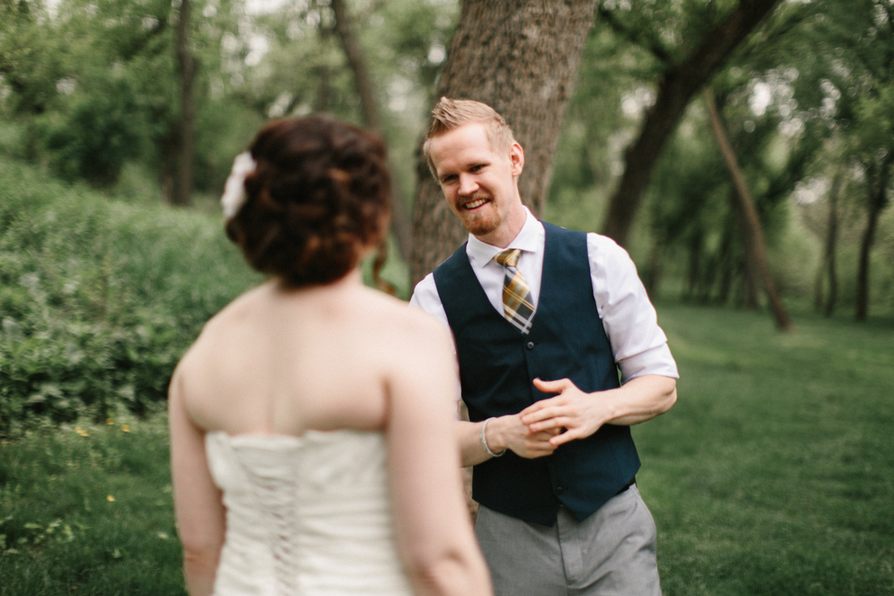 DesMoines_Wedding_Photographer_Spencer&Amanda_020.jpg