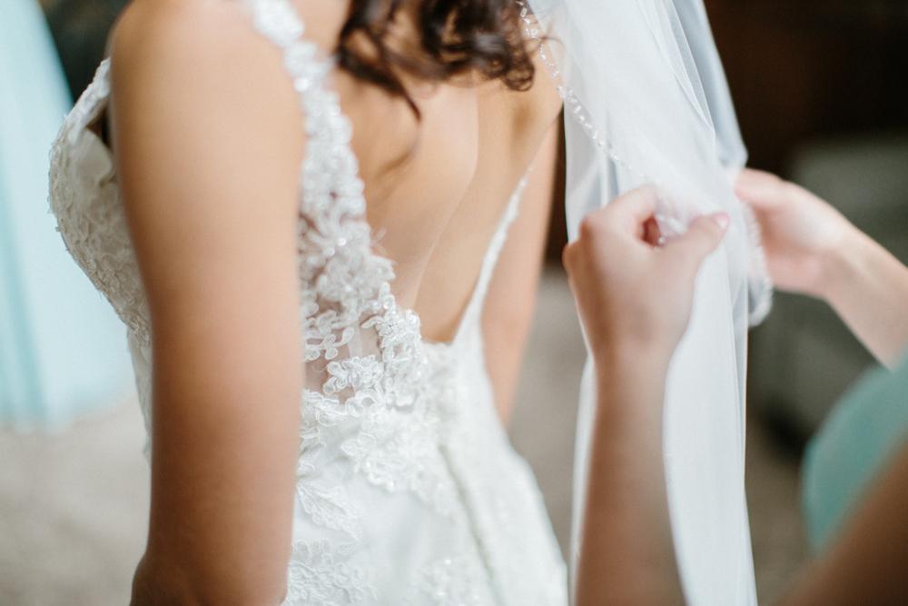 Outdoor_Wedding_SiouxFalls_MaryJoWegnerArboretum_Photographer_Calli&Jon_018.jpg