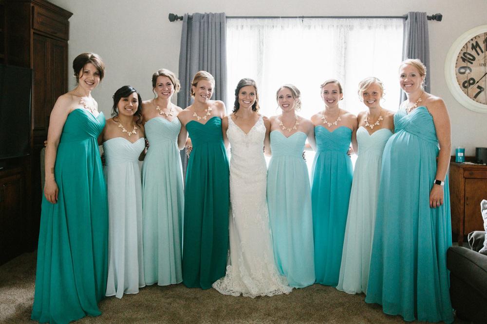 Outdoor_Wedding_SiouxFalls_MaryJoWegnerArboretum_Photographer_Calli&Jon_019.jpg