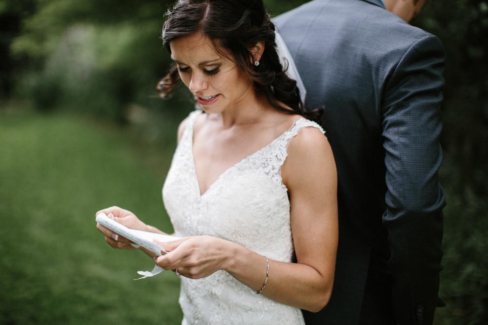 Outdoor_Wedding_SiouxFalls_MaryJoWegnerArboretum_Photographer_Calli&Jon_037.jpg