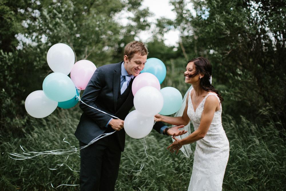 Outdoor_Wedding_SiouxFalls_MaryJoWegnerArboretum_Photographer_Calli&Jon_041.jpg