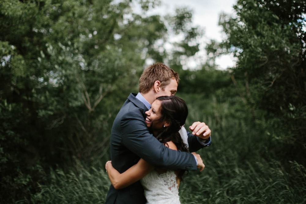 Outdoor_Wedding_SiouxFalls_MaryJoWegnerArboretum_Photographer_Calli&Jon_046.jpg