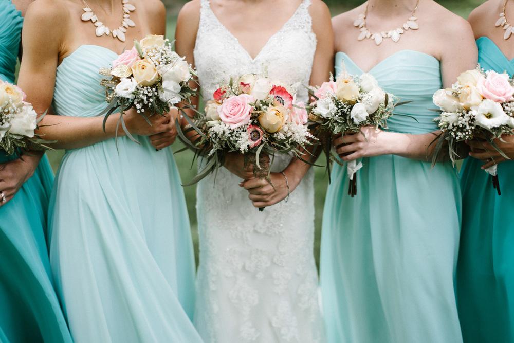 Outdoor_Wedding_SiouxFalls_MaryJoWegnerArboretum_Photographer_Calli&Jon_048.jpg