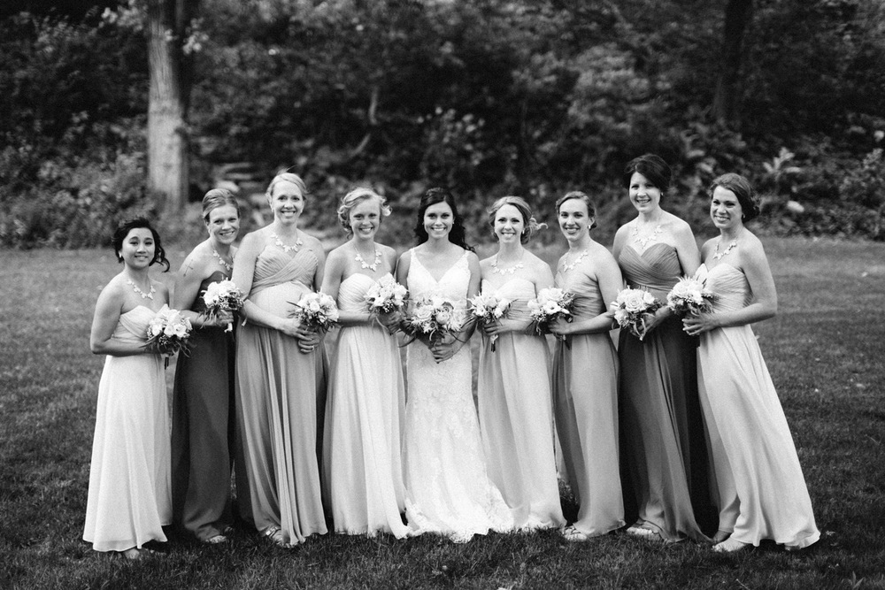 Outdoor_Wedding_SiouxFalls_MaryJoWegnerArboretum_Photographer_Calli&Jon_055.jpg