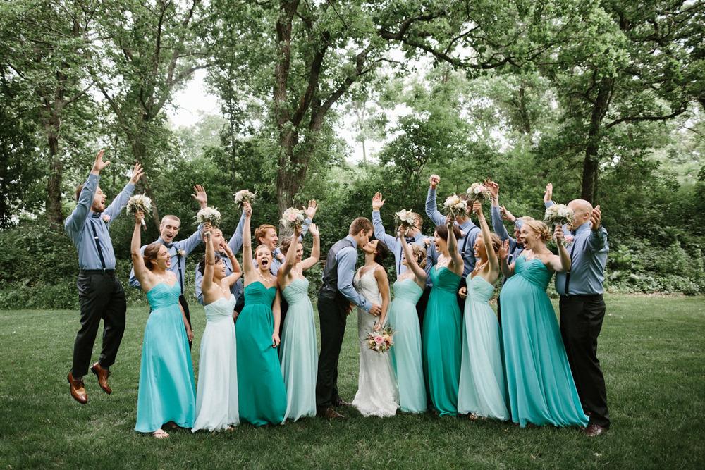 Outdoor_Wedding_SiouxFalls_MaryJoWegnerArboretum_Photographer_Calli&Jon_057.jpg